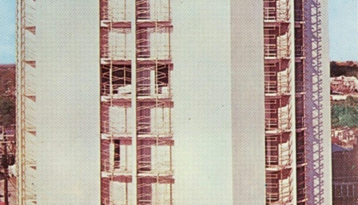 img625_plazatower