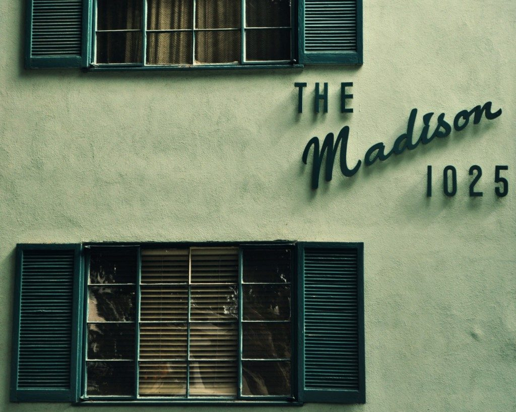 Modern Living: Typography as Building Decoration