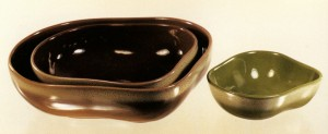 Freeform bowls in Frosty Pine and Frosty Fudge. (Phyllis and Tom Bess)