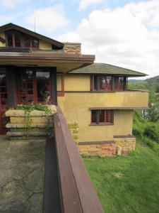 FLWs Terrace