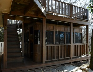 1 - Gable House - hot tub room and deck
