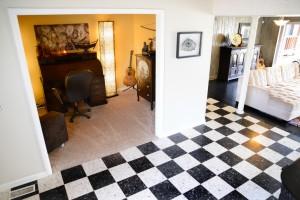 1 - gable house entry den living