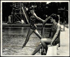 pool laverne 1954