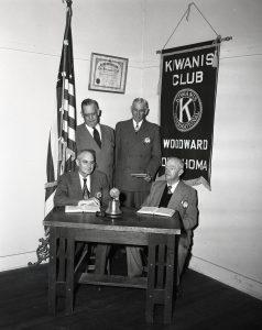 img929_kiwanis-club_1951