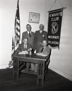 img931_kiwanis-club_1951