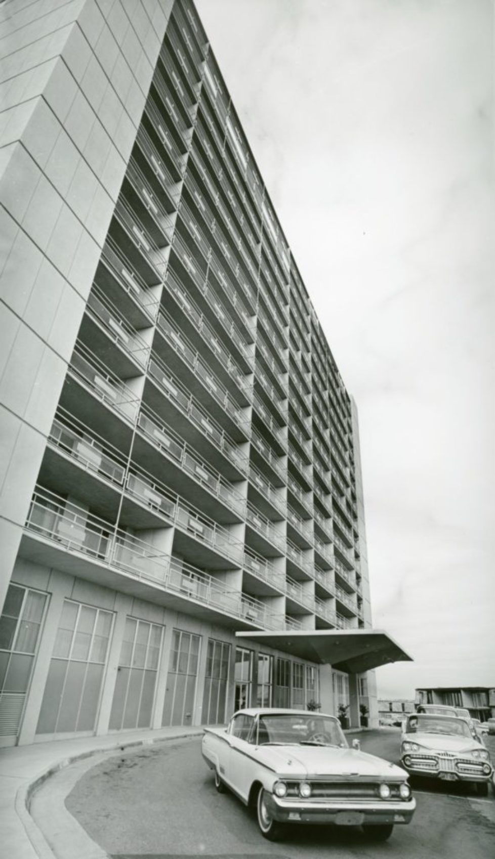 lakeview tower apts 1963