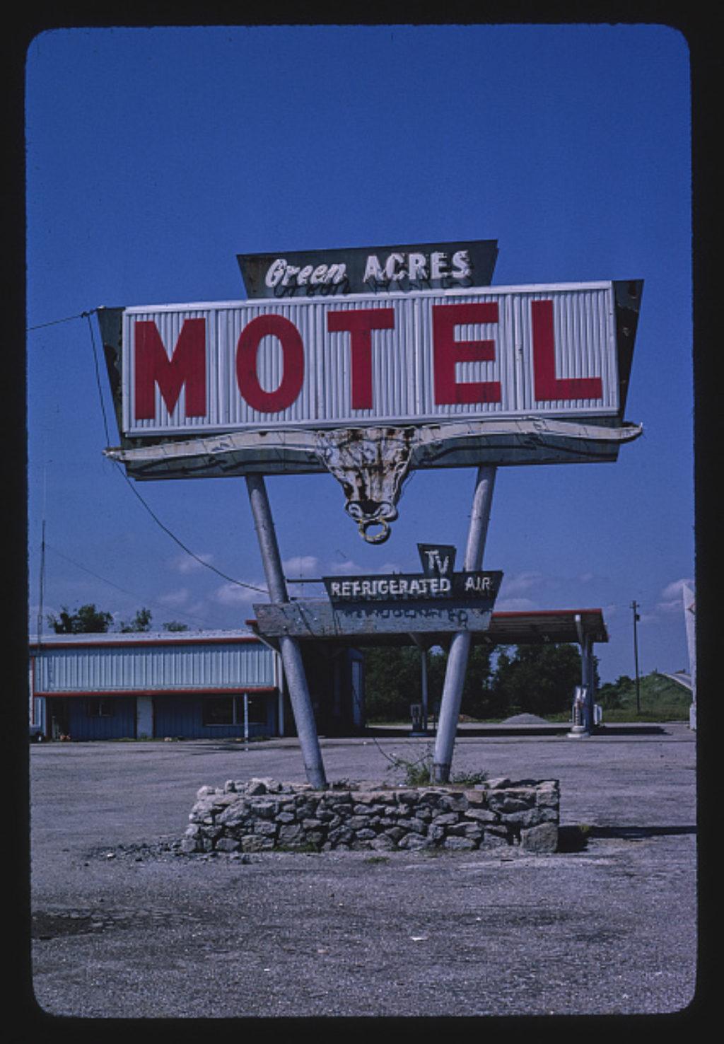 Roadside Oklahoma Through the Eyes of John Margolies, Part 1